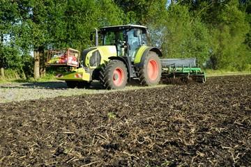 Herbstbestellung, Bodenbearbeitung