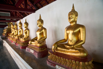 Buddha statue in Wat Phra Si Rattana Mahathat temple Thailand