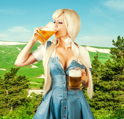oktoberfest woman drink froth beer from mug