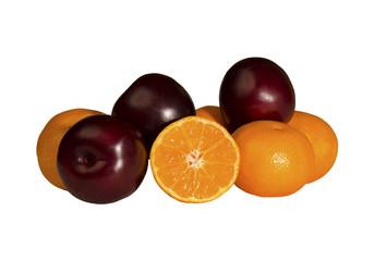 Fresh, juicy mandarins and plums