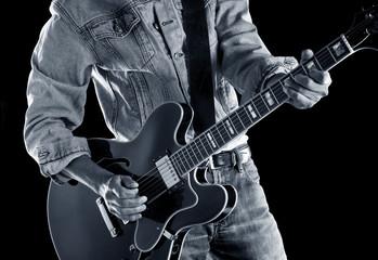 playing rhythm & blues guitar