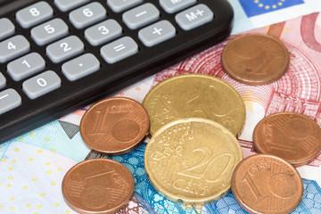 Calculator on EU currency