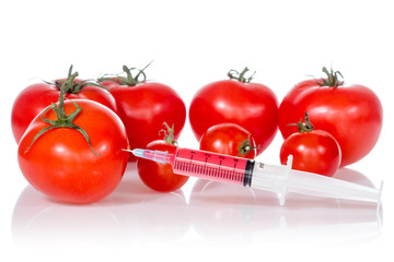 Injection into fresh red tomatoes