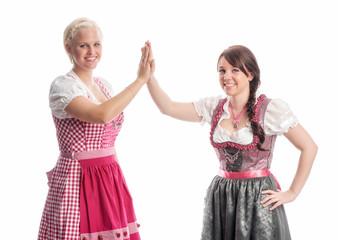 Zwei Mädels auf dem Oktoberfest