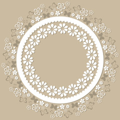 Ajour Ornament weiß beige