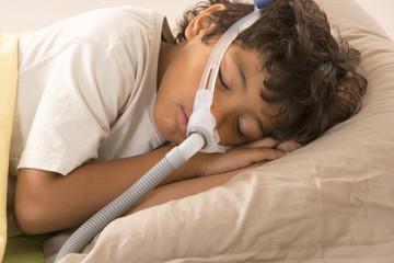 traitement apnées chez l'enfant