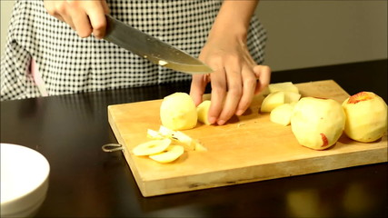 hand cut and Slicing apple fruit .time lapse