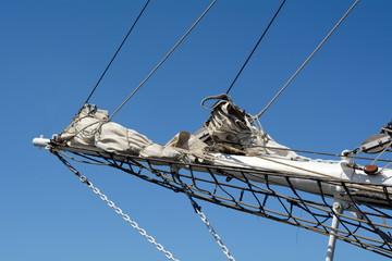 Detailansicht eines Segelbootes