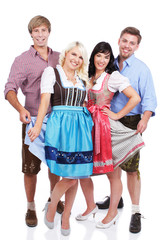 Lachende Gruppe in Tracht