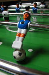 figurine de baby-foot ou billard chinois
