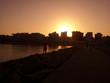 canvas print picture - Tras el sol