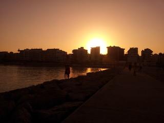 Tras el sol