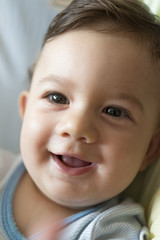 Bebé sonriendo 03