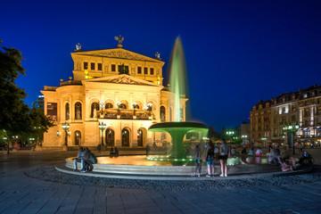 Frankfurter Oper zur Blauen Stunde