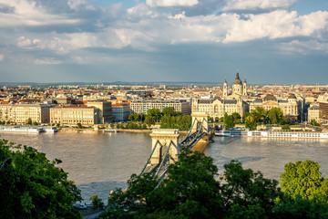 Budapest, Kettenbrücke und Ausblick über die Stadt