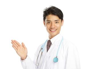 爽やかな男性医師