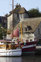 port de honfleur en normandie france