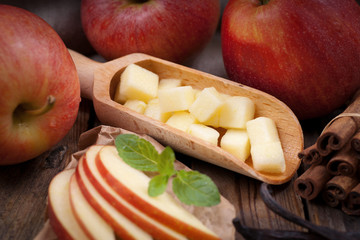Äpfel, gewürfelt