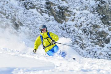 beim Telemark-Skifahren