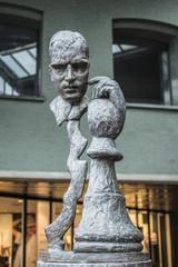 borstbeeld van Max Euwe Amsterdam