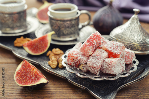 Turkish delight with coffee - 69521493