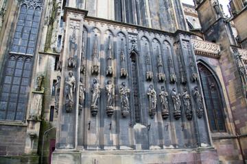 Côté du portail de la collégiale de Thann, Alsace, Haut Rhin