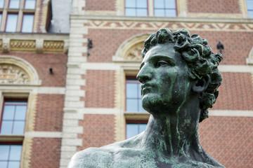 standbeeld Mercurius Rijksmuseum Amsterdam