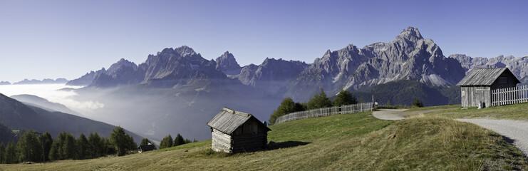 wandern am karnischen höhenweg in Südtirol - Dolomiten