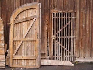 Restaurierung einer Holzscheune