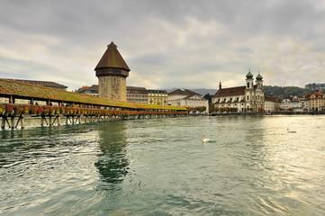 Szwajcaria, Lucerna , słynny most drewniany z XIII w