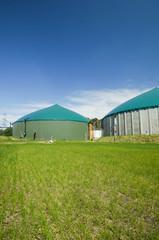 Gärbehälter - Biogasanlage, Hochformat