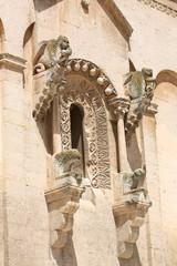 Finestra con protiro Cattedrale di Matera