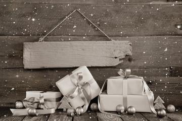 Weihnachtsgeschenke oder Hintergrund für Weihnachten Gutschein