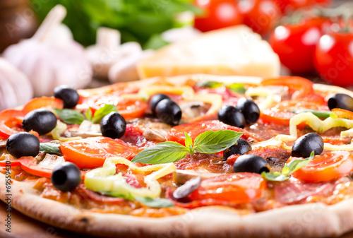 pizza - 69559430