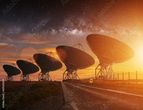 canvas print picture Radio Telescope view at night