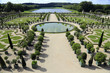 canvas print picture - Symmetrische Gartengestaltung Schloss Versailles