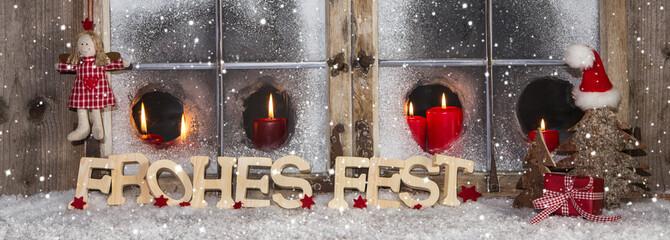 Klassisches Weihnachtsfenster in rot weiß: Weihnachtskarte