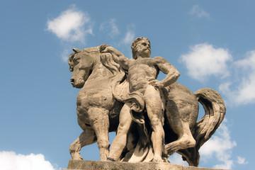 statua con cavallo