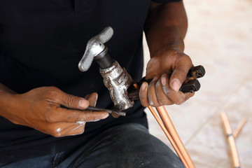 expanding copper pipe