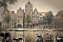 Grijze dag in amsterdam