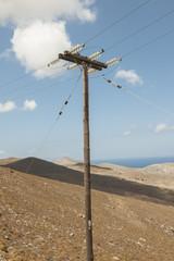 Elektrizitätsleitung auf der Insel Astypalea, Dodekanes