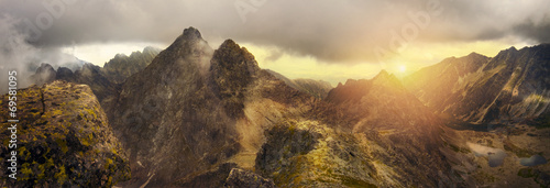 Aluminium Bergen Panoramic view of the mountain peaks of the Tatra mountains