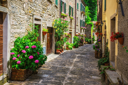 Italian street in a small provincial town of Tuscan - 69581687