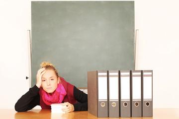 Schülerin gestresst