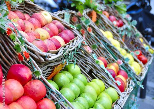 Plexiglas Boodschappen étal de pommes
