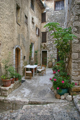 Saint-Paul-de-Vence: cozy street in the medieval French town