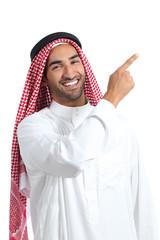 Arab saudi promoter man pointing at side