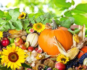 Herbst: Erntedankfest :)