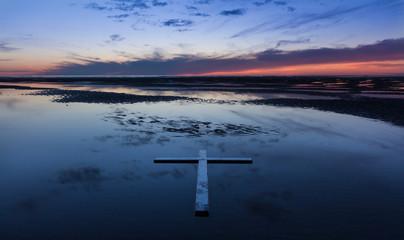 Low Tide Cross
