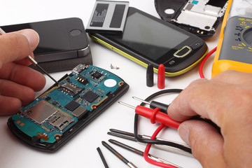 Smartphone e telefoni cellulari da riparare